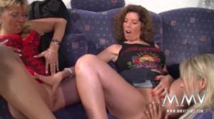 Tres lesbianas maduras nos dejarán más excitados que nunca